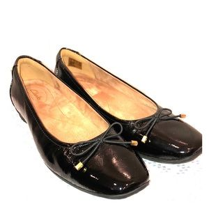 Like new Artisan patent leather flats